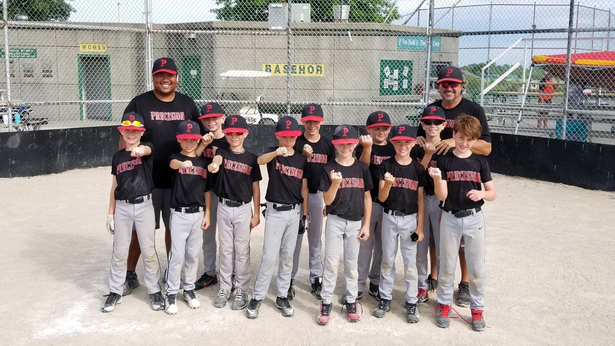 Our 10s had a great weekend going 4-1 taking a tough loss in the championship!  They played really hard with three games on Sunday!  Great work by Coach AJ, our players and families!  #Precisionfamily #fathersdaymagic #showthebling @PlayMSP @blhsnews @USSSA https://t.co/oWOCtHVZd7
