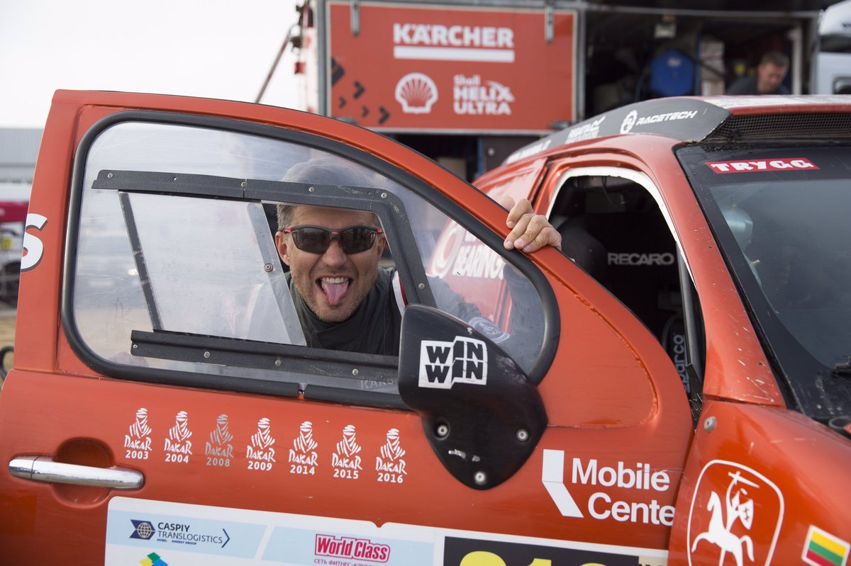 'Normal' co-driver they say...  #fullattack #dakar2019 #dakar2020 #dakarsaudi #dakar #dakarrally #rallydakar #karcherlietuva #4x4offroad  #viadalietuva #dakarlegend #rallydakar2019 #shelllietuva #offroad #4x4 #offroadlife @dakar<br>http://pic.twitter.com/64kym6RqjE