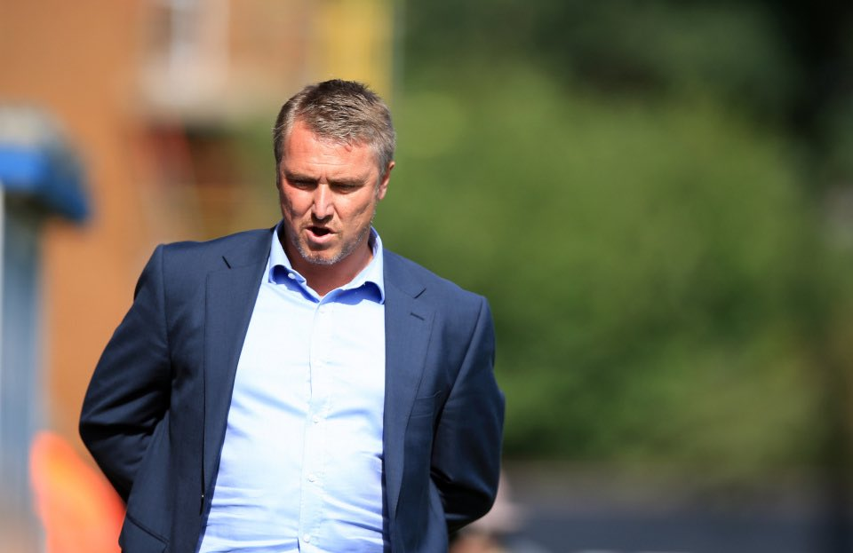 Lee Clark has been very busy since arriving at Blyth Spartans And he believes the National League North is anyone's to win this season 👉 thenationalleague.org.uk/a-bakers-dozen…