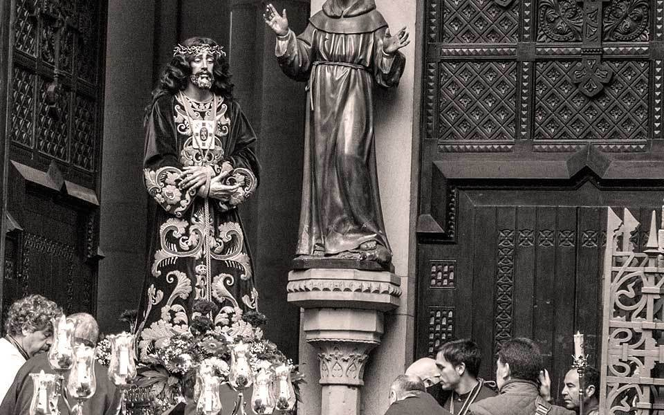 Cofradía de Jesús Nazareno #Bilbao https://t.co/GVBIGHS7CF https://t.co/QNS7Kxz0gi