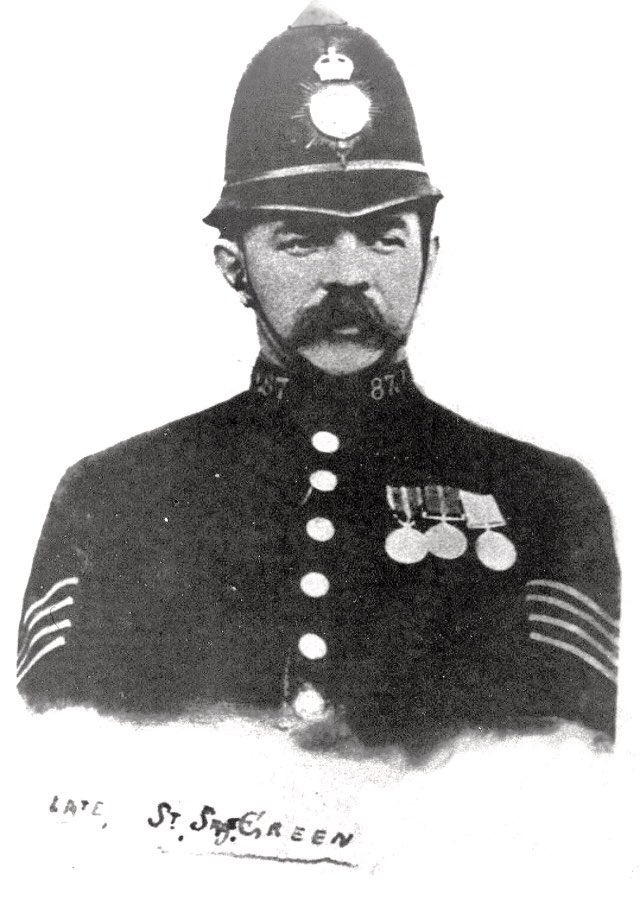 This morning we are honoured to attend the memorial service to Sgt Thomas Green. Exactly 100 years ago today a mob attacked Epsom Police Station. During the attack Thomas received a fatal head injury. He was a 51 yrs old family man. #LestWeForget #PoliceFamily @metpoloceuk @MPFed<br>http://pic.twitter.com/O5Ke700daO