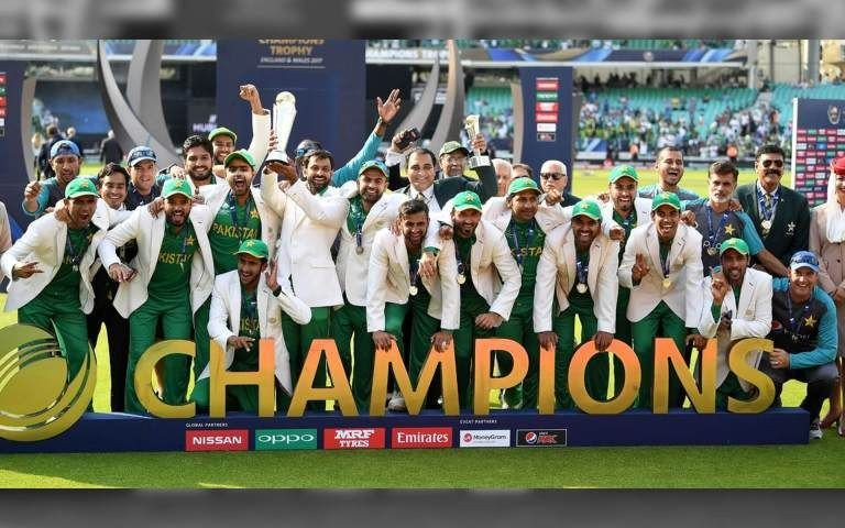 I still remembered those moments when Pakistan beat India very badly in the final of champions trophy 2017.Please Respect & support them inshaallah they will come back.Team Pakistan need our support Pakistanio🇵🇰.#IndiaVsPakistan#CWC19 #SarfarazAhmed
