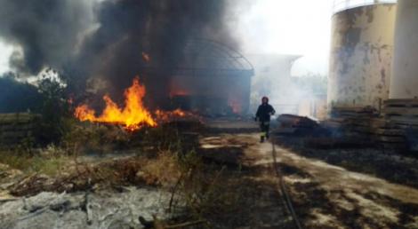 Incendio devasta azienda vinicola, danni per oltre centomila euro - https://t.co/BBlrE4xHff #blogsicilianotizie