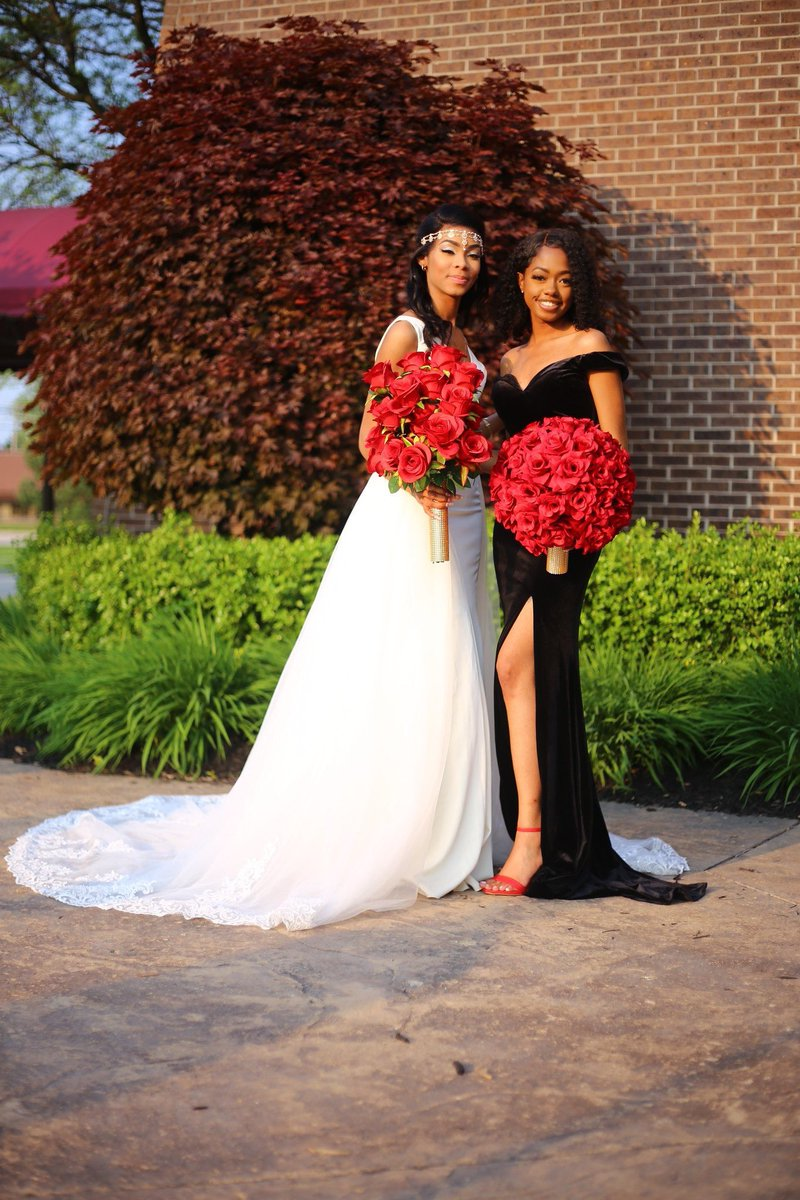 Wedding season is here !!! Book your photography with me! #weddingseason #Love #happilyeverafter #couplesgoals #blackcouples #friends #Detroit #michigan<br>http://pic.twitter.com/FGObdqNkh1