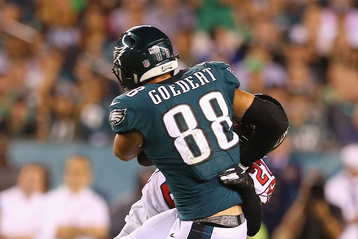 """Now that the #Eagles OTA's are complete, the players voted for who was the most impressive player this spring.   The player with the most votes? Dallas Goedert.   """"Who impressed me? Dallas Goedert. In that red zone, he crazy. He's dangerous in the red zone."""" -Jalen Mills <br>http://pic.twitter.com/SfIO7msEGy"""