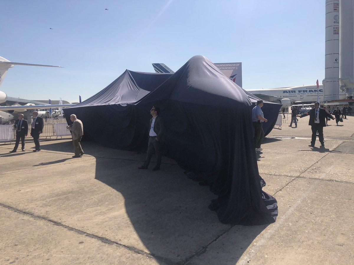 فرنسا تستعد لاستضافة معرض باريس للطيران 2019 D9QADpOXYAAMdVN