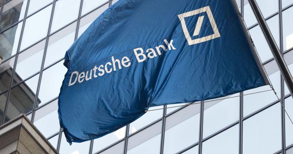 """#Deutsche #Bank per istituire una """"Bad Bank"""" da 50 miliardi di #euro https://t.co/ZyJBHM1mTT https://t.co/I2ofVQvFsr"""