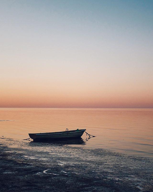 Calm • • • • • • #photooftheday #naturephotography #sea #x100f https://t.co/ukBZZ7gUol https://t.co/ewTfo8PnPv