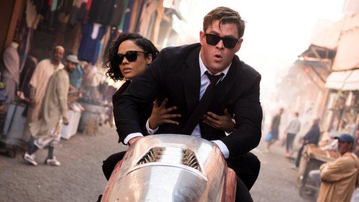 #China Box #Office: 'Men In #Black' #Makes $26 #Million #Debut, '#Phoenix' Falls https://t.co/3wPNBaf4zV https://t.co/gkxTk018Qm