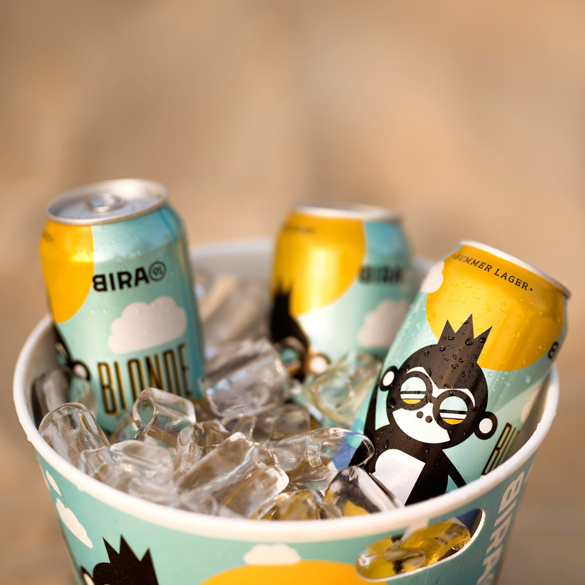 Sun's Out, Beers Out!☀🍻 Bright & sparkling is how we like it, and chilled at 0 - 3°C is what we recommend. Available in Pune, Mumbai, Thane and Delhi! Coming soon to the rest 🙌🏼#Bira91BlondeSummer