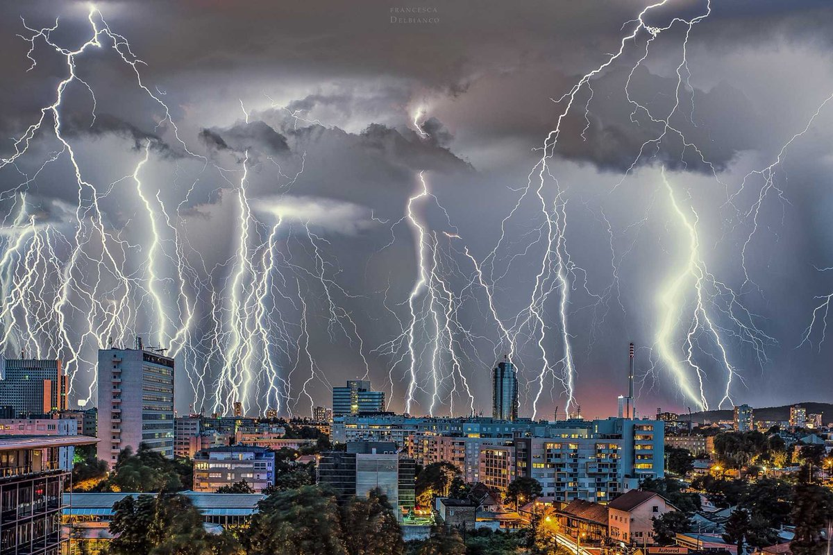 Weather Meteo World On Twitter Gorgeous Lightning Barrage Over Zagreb Croatia Last Night 16th Of June This Was Up To 38 Stacked Exposures Photo By Francesca Delbianco Photography Crometeo Fb Severeweather