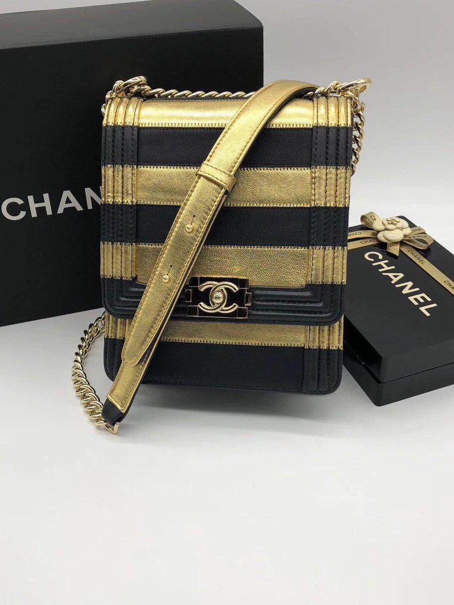 BOY CHANEL HANDBAG. #chanel #chanelhandbag #chanelbag #boyhandbag #boychanelbag #crossbags #bag #clutchbag  #shopping #trend #bagsholic #bagslovers #handbags  #musthavebags  #newcollection #bagslover #luxurybag   #bagsale #fashionista #fashionbag #bags #bagcharms #trendy 906chpj