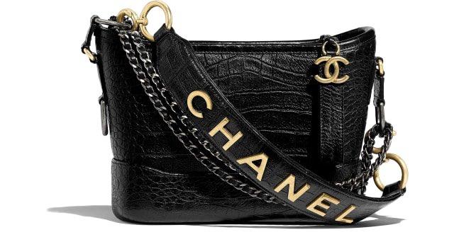 CHANEL HOBO GABRIELLE small size   ช็อปไทย อุปกรณ์ full set ครบยันใบเสร็จ  ราคา 155000 บาท (สีทองก็มีนะคะ)   📩 สนใจ message ได้เลยค่ะ   #chanel #chanelgabriellebag #chanelgabriellehobo #chanelthailand #siambrandname #sbn #brandnameshop  #brandname #chanelgabrielle