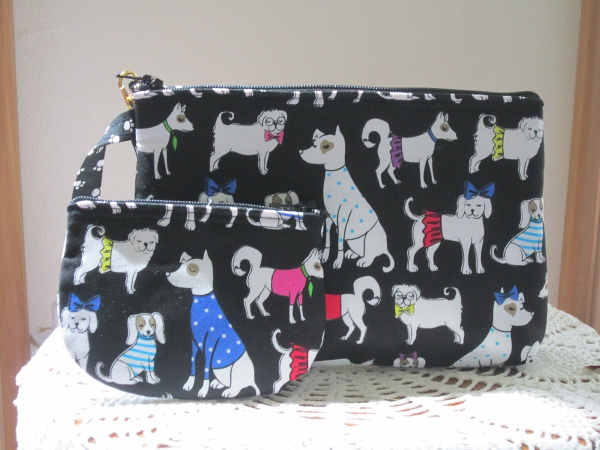 Who let the #dogs out? Here is what's new in my #etsy shop....take a look and have a great day  https://www. etsy.com/listing/713978 549/dog-breeds-travel-pouch-set-travel-purse   …  #handmade #handbag #doglovers #madeinUSA #antiquebasketlady<br>http://pic.twitter.com/SueaZJ5Qvo