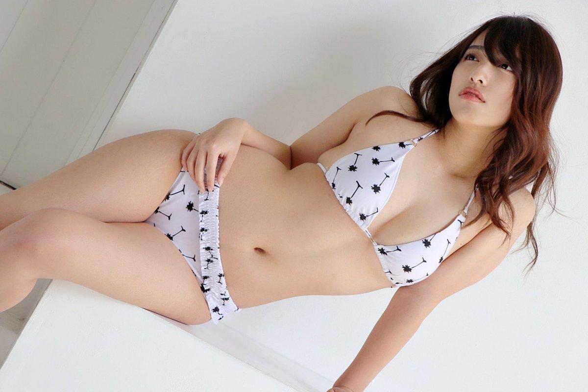 高梨瑞樹 桜舞う恋 画像