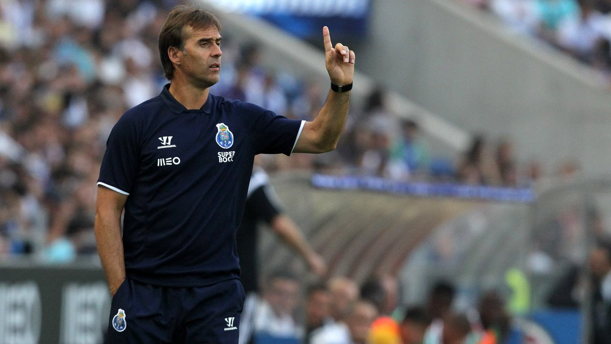 """Lopetegui  """"I'd had several proposals to start working in Spain, but then came the opportunity to go to Porto – one of the biggest clubs in the history of Portugal, with huge expectation in every competition they play."""" <br>http://pic.twitter.com/qUMMf5rEBe"""