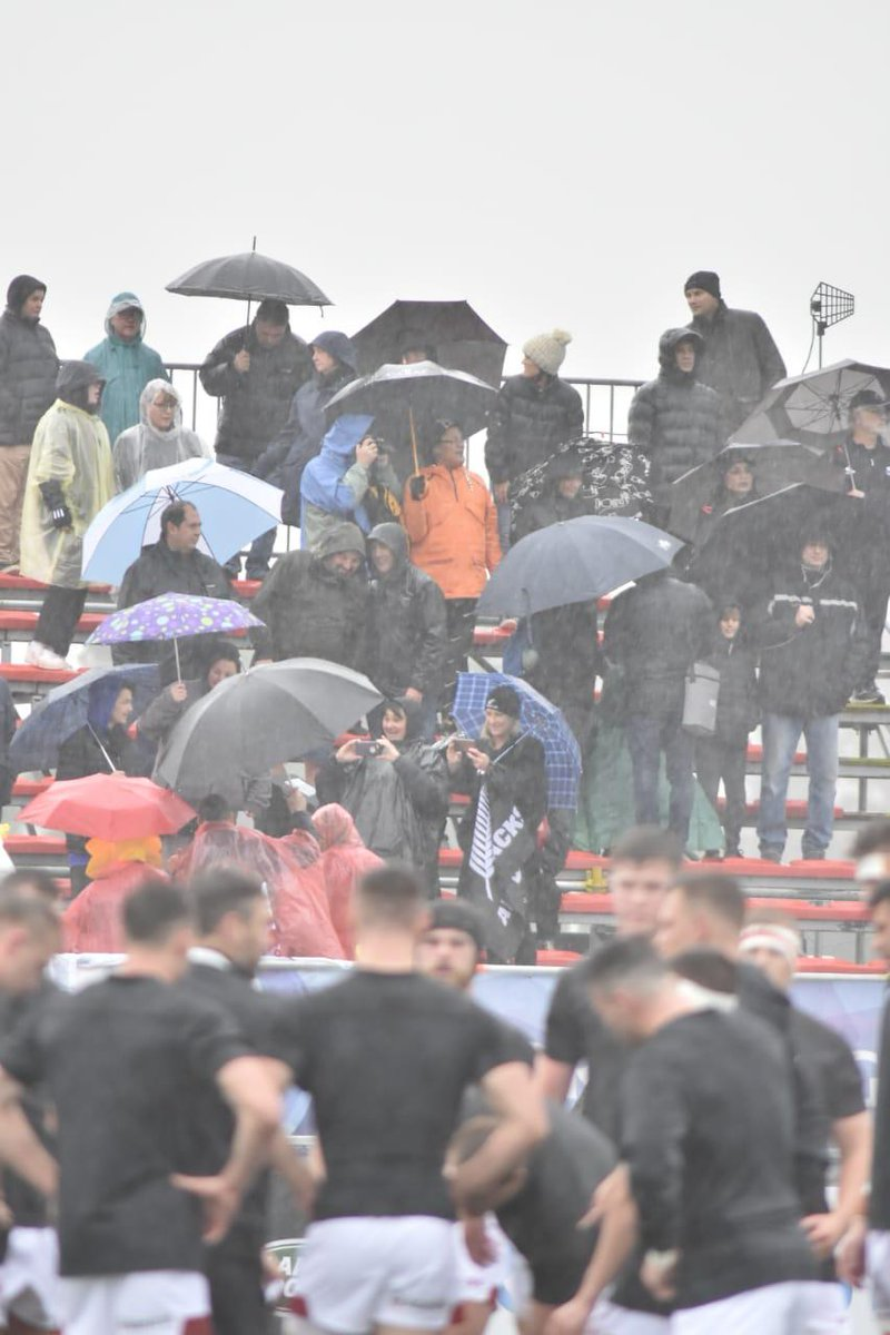 test Twitter Media - The rain is pouring down here at the Racecourse Stadium in Argentina but that hasn't stopped the crowd from coming in for this match between New Zealand and Wales.   After 20 minutes of play it's NZL 0 WAL 5 #WorldRugbyU20s https://t.co/ysmlsgpLMr