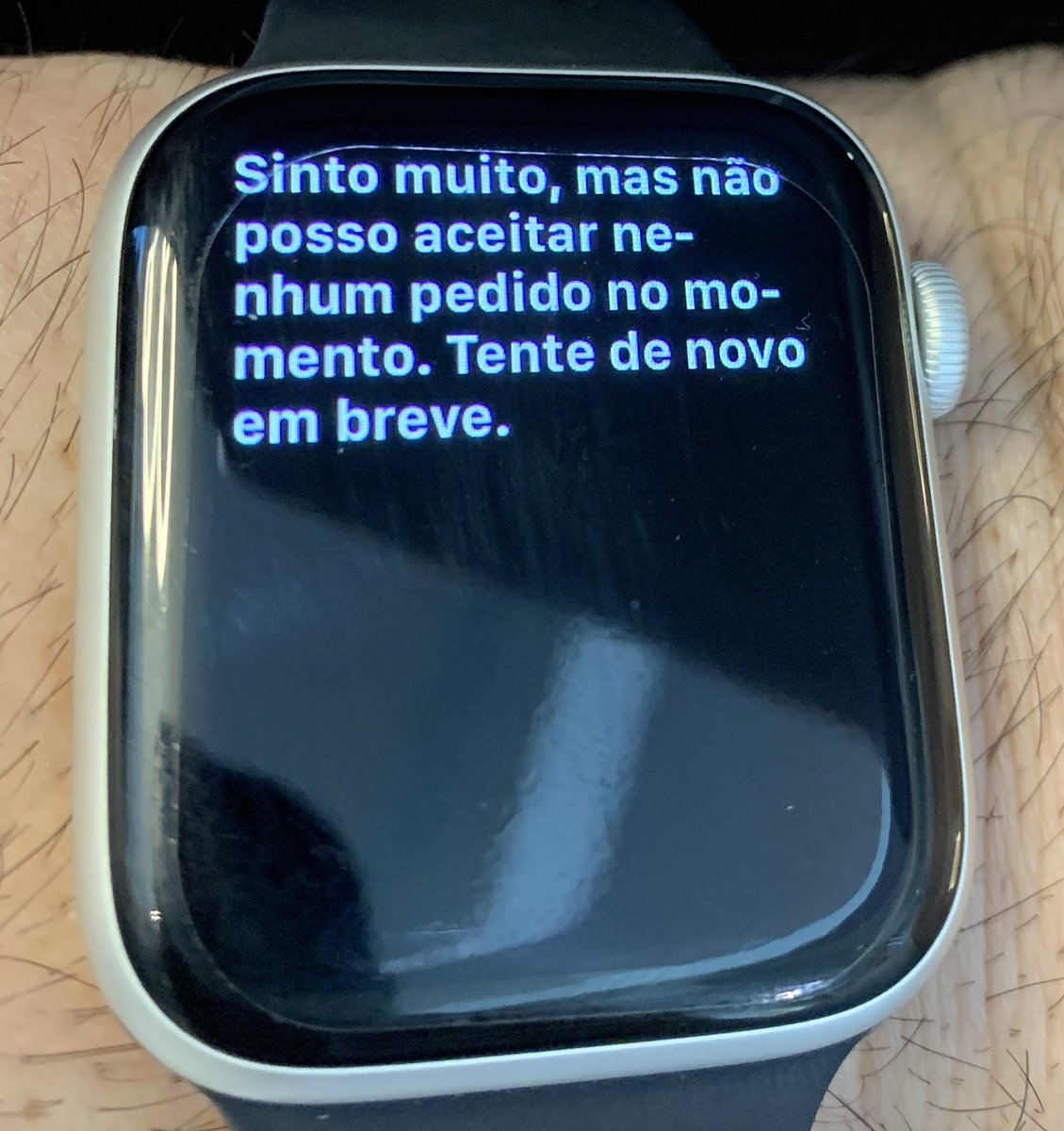 Até o meu relógio está com esgotamento nervoso. https://t.co/bKou34GJWd