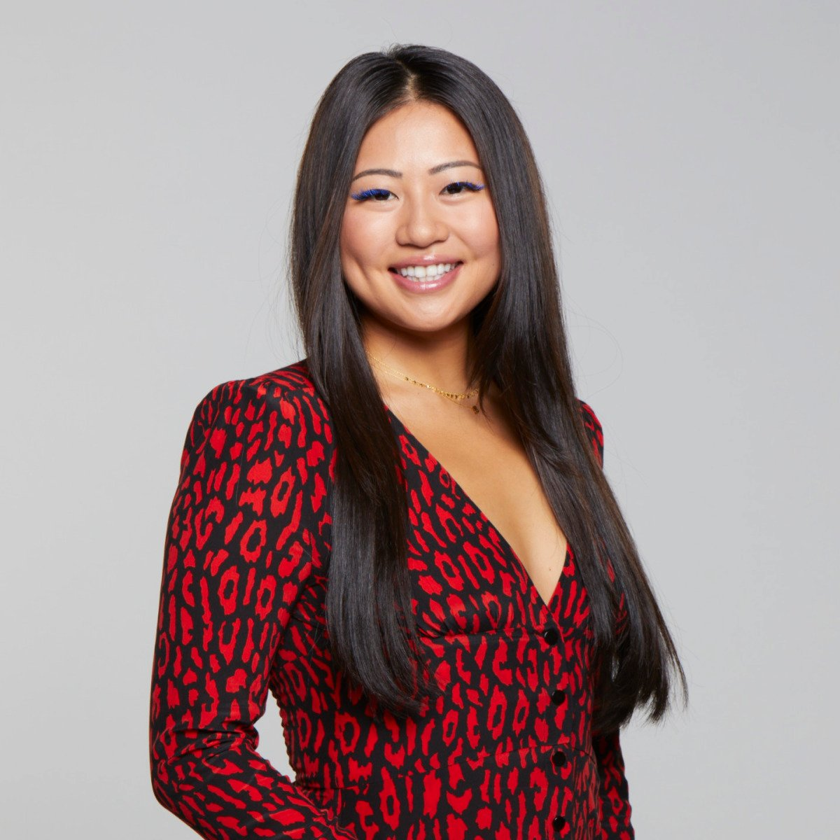 Meet #BB21 Houseguest Isabella Wang Age: 22 Hometown: Mount Olive, New Jersey Current city: Los Angeles Occupation: Public Health Analyst Favorite Houseguest: Isabella Wang