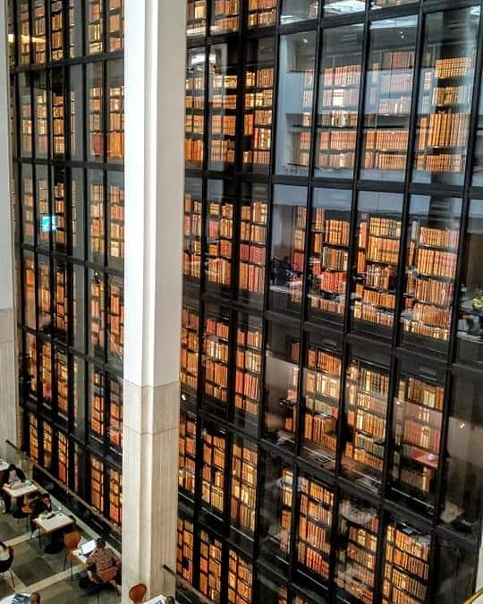 The second most favorite place for me in #London after the parks and gardens is The @britishlibrary! #MakingYourMark #BritishLibrary #library #libraries #book #books #London #UK<br>http://pic.twitter.com/4r4EqPIjMz