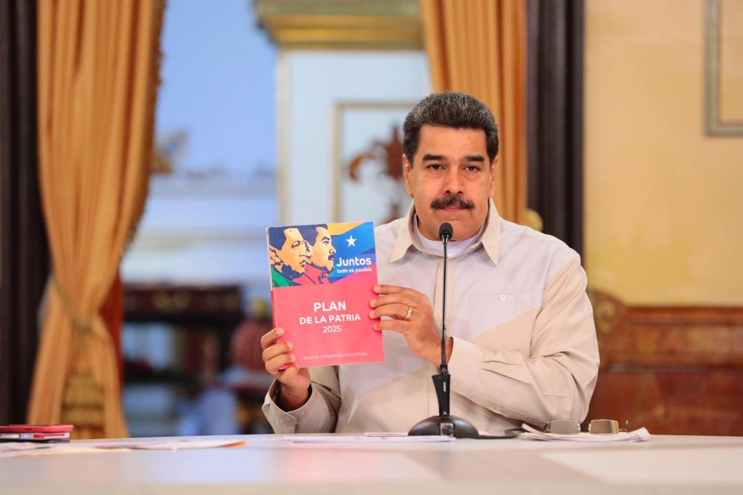 SocialismoEsAtrasoYBloqueo - Tirania de Nicolas Maduro - Página 3 D9RaT-9WwAAHomL