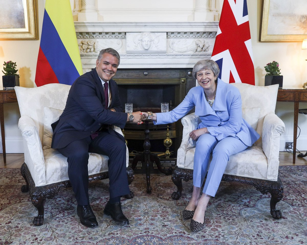 Today PM @Theresa_May welcomed Colombian President Iván Duque @infopresidencia to Downing Street. They discussed the strong partnership between our two countries, welcoming our work together to tackle climate change, and looked forward to strengthening trade and investment. <br>http://pic.twitter.com/VijPV5P3zN