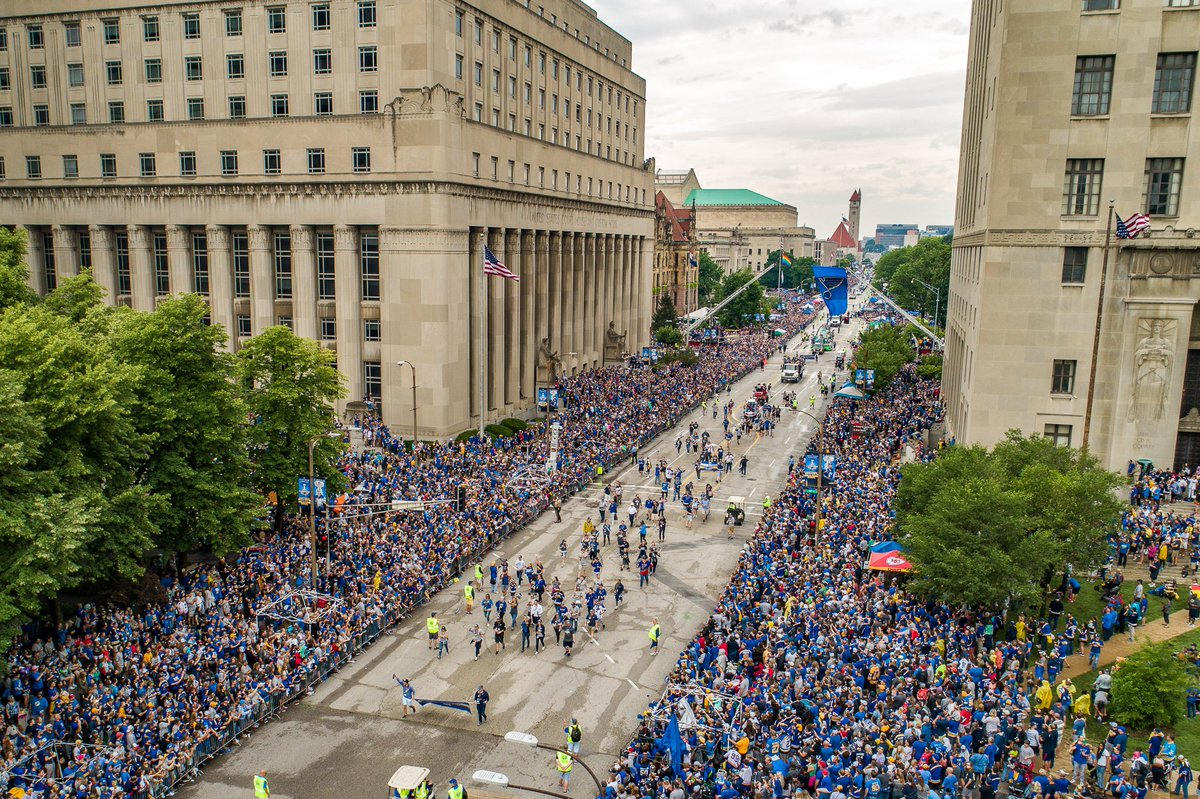 St. Louis loves their Blues. #stlblues #StanleyCup #STL_from_above