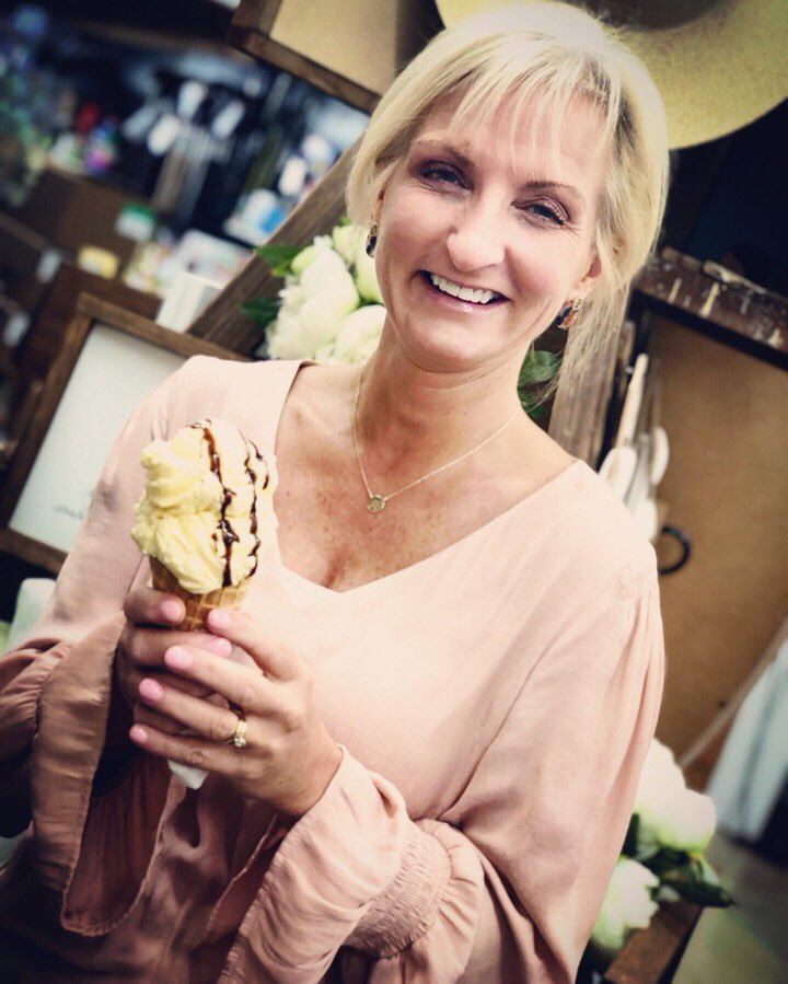 Everyday is a good day for Ice Cream!  This vanilla waffle cone with Hershey's chocolate drizzle hit the spot on this rainy day! #icecreamyouscream #shoplocal #holbrookdrug #pharmacistsorders #moreheadky Open until 6pm!!<br>http://pic.twitter.com/enlzqszFwy