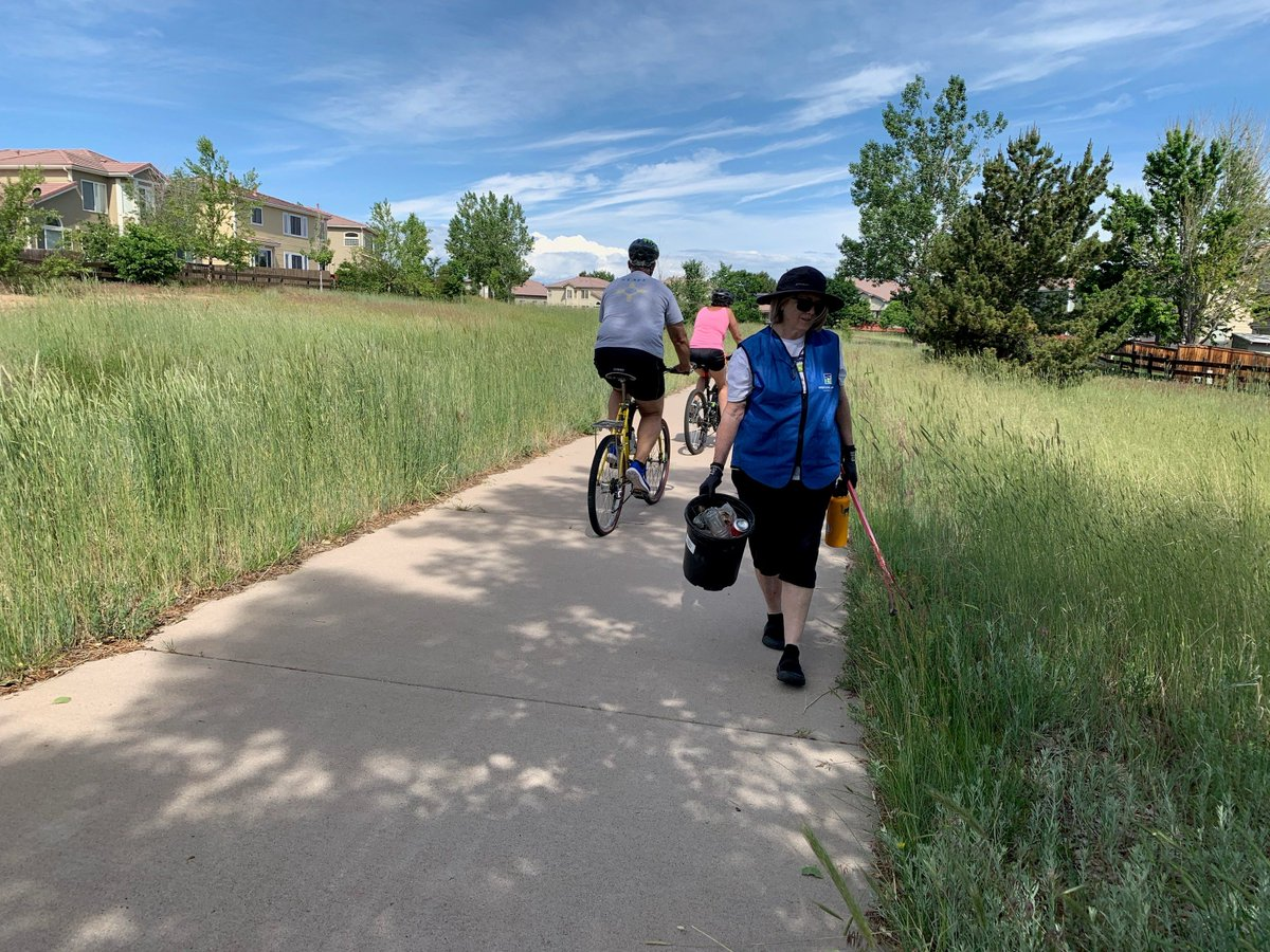 Thank you to our mighty volunteer crew and @SGilmoreDist11!  Sign up for the next 'Caring for the Canal' CleanUp on July 13 in Highlands Ranch @highlands_ranch. Sign up: volunteer@highlinecanal.org Join Us!