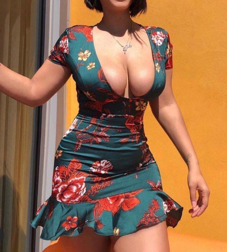 @karma_Dr1 Ama get you this dress 😁 https://t.co/Ql1p3bkrsf