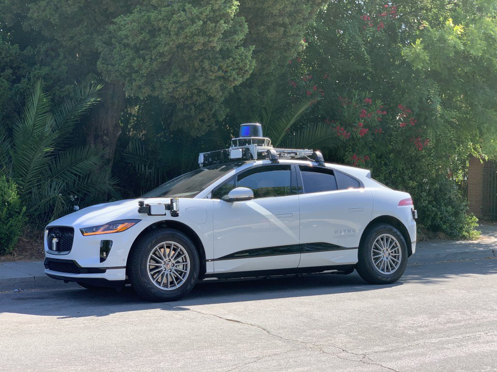 Waymo's self-driving Jaguar I-Pace vehicles are now testing on public roads https://tcrn.ch/2Fg3lGu by @kirstenkorosec