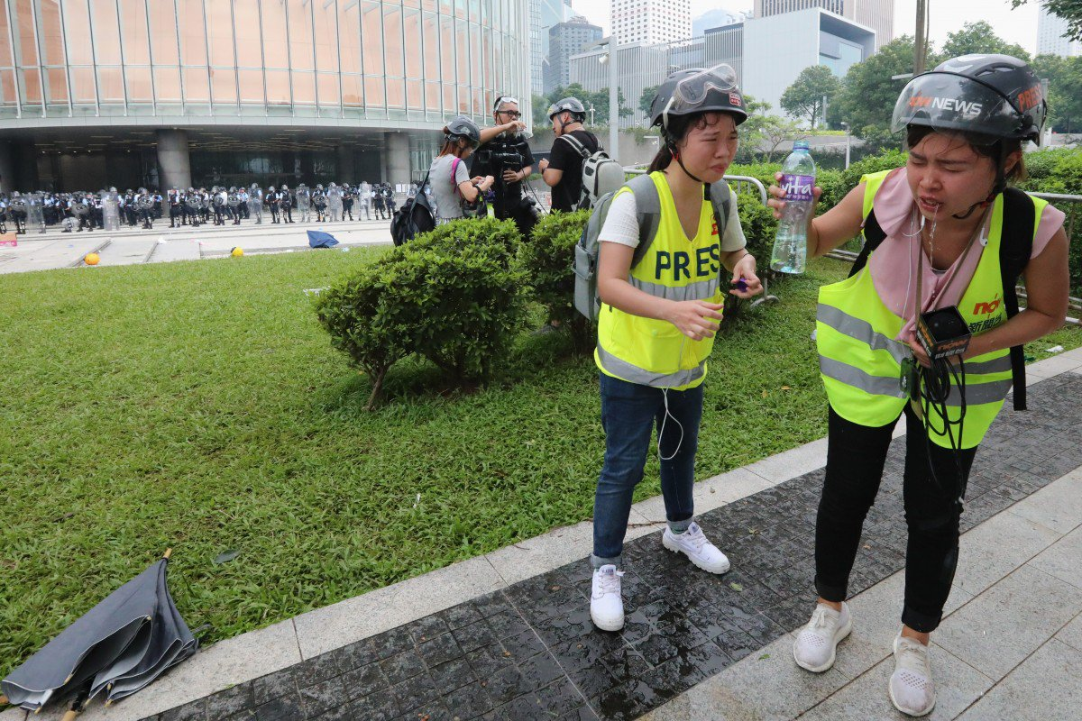 Shout out to @SCMPNews photojournalists for their incredible work over the past week. These few from Dickson Lee, Sam Tsang and Felix Wong #extraditionbill