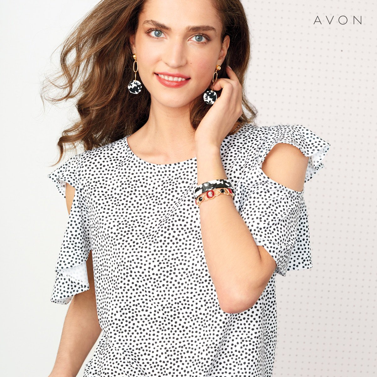 In full bloom! Spring awakens with petal-powered prints, fresh silhouettes and handpicked details.  Shop Online:  http://go.youravon.com/3ds84m  #Womantop #Bluses #Fashion #Womanpic.twitter.com/elhK5lHhhA