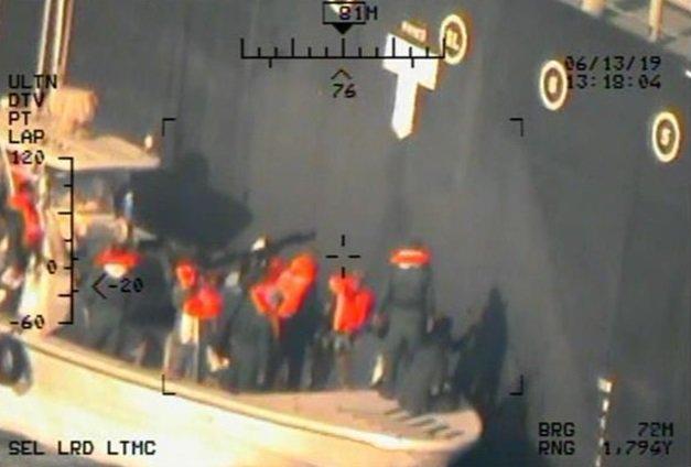 أمريكا: أرسلنا القوة الضاربة إلى الخليج بسبب تحضيرات إيران لمهاجمة عسكريينا - صفحة 7 D9SmU2WXUAA6US-