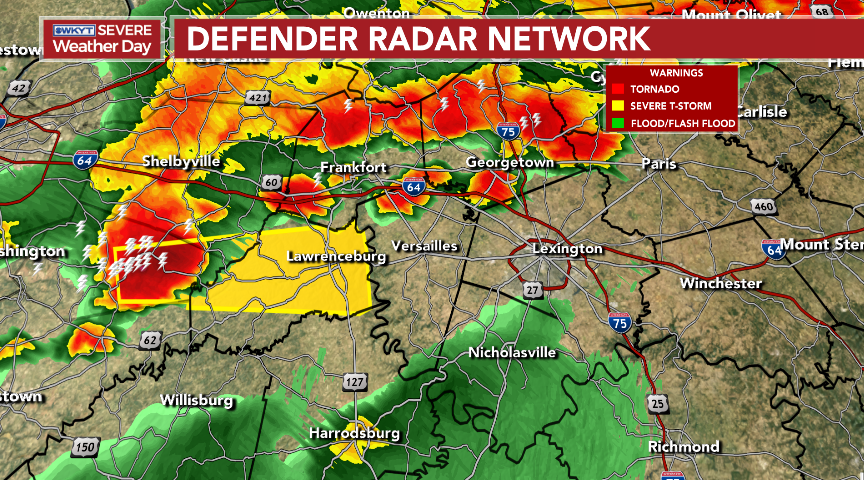 Strong to severe storms are targeting the Lexington metro and the bluegrass region. Hail, high winds and flooding rains are all possible. These are LOL (Lots Of Lightning) storms, too. #kywx<br>http://pic.twitter.com/SW1sgqT1B3