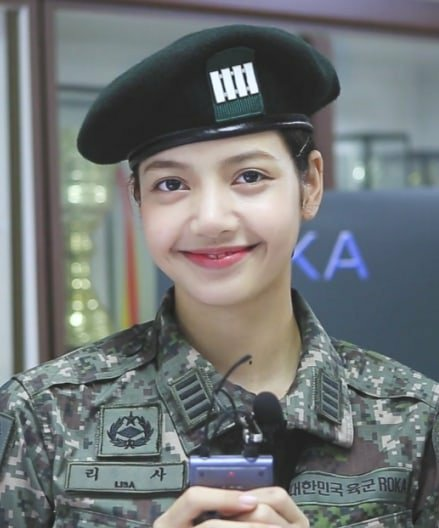 do yall remember when BLINKs kept on asking YG to send Lisa to a dance show but instead, he sent her to the military? Istg that rat, but at least we were able to witness THIS Lisa   #BLACKPINK @ygofficialblink<br>http://pic.twitter.com/vS2n9TkC5t