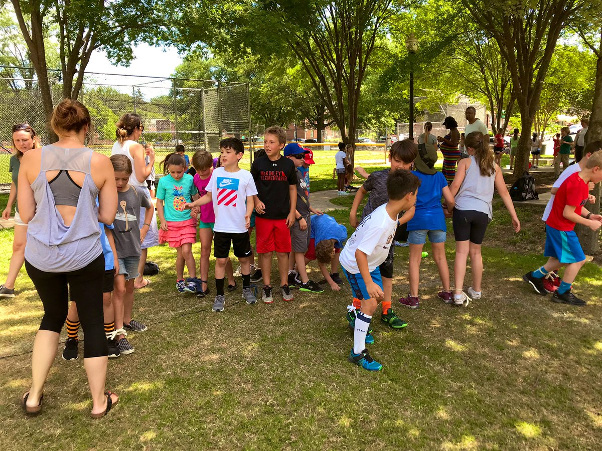 Third grade end of the year party!! <a target='_blank' href='http://search.twitter.com/search?q=McKAPS'><a target='_blank' href='https://twitter.com/hashtag/McKAPS?src=hash'>#McKAPS</a></a> <a target='_blank' href='http://twitter.com/APSMcKPR'>@APSMcKPR</a> <a target='_blank' href='https://t.co/oAKpm2llLw'>https://t.co/oAKpm2llLw</a>