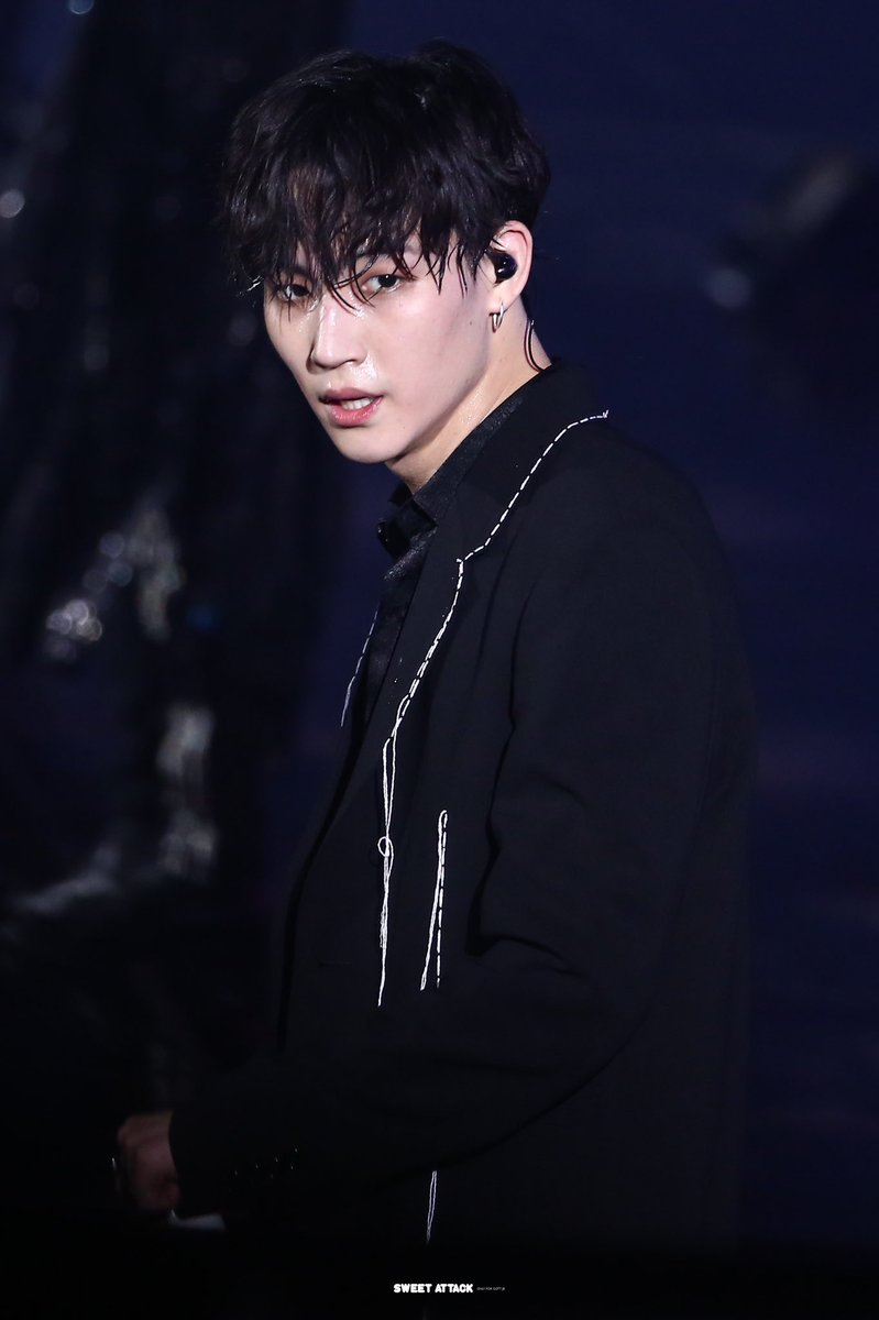 HQ 190615 KEEP SPINNING in Seoul Day 1   #GOT7     #갓세븐     #제이비 #재범 #JB #Jaebeom  #GOT7_SPINNINGTOP                                #GOT7_BETWEEN_SECURITY_AND_INSECURITY #GOT7_ECLIPSE<br>http://pic.twitter.com/UfTf1wYjhq