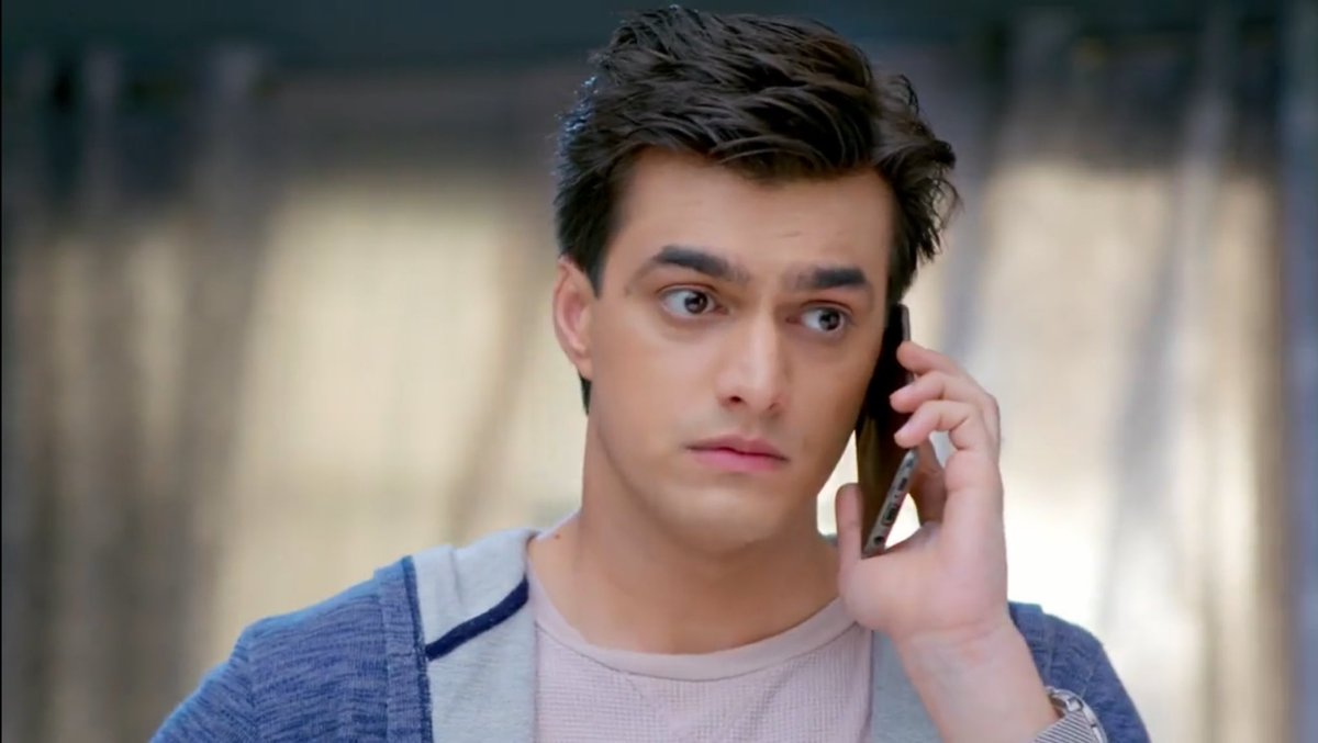 """Tinu the mendak and chenu the baby mendak aka tadpole"" .  Give me more such conversations btw Kartik & Kairav!  Kartik doesn't know this tadpole is his, yet he's all into him already, imagine when he actually finds out he's been talking to his own son! #yrkkh<br>http://pic.twitter.com/83QRU6y8C5"