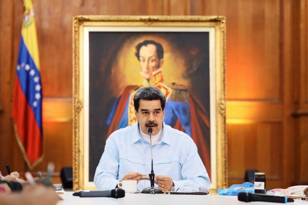 Bolivar, Padre Libertador. Bicentenario - Página 15 D9To6dnXsAATzE5