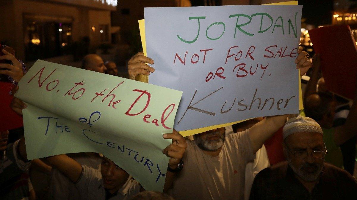 Trump Mideast peace plan proving unpopular in Jordan https://reut.rs/2XU5n6P