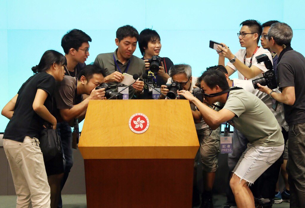 Here comes the most popular tissue box in the world...  #Hongkong leader #carrielam is due to speak at 4 where she is expected to issue a formal apology over the #extraditionbill row / photo: KY Cheng @SCMPNews