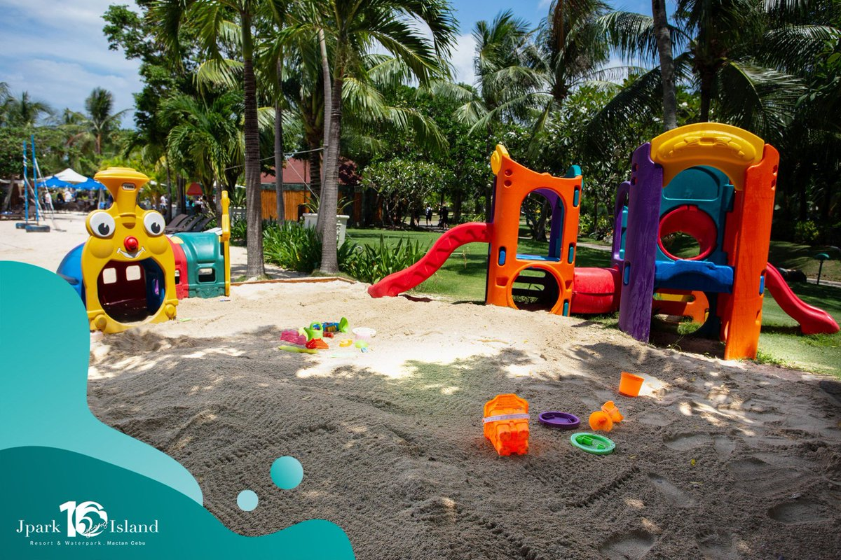 Worry less because the kids have their own place for playtime! Make it a stress-free getaway with the whole bunch.   Book here: https://t.co/IQsYMAm7kn.  #MyJparkStory #WaterYouWaitingFor  #TenYearsOfJpark https://t.co/HFYmE3ZWwm