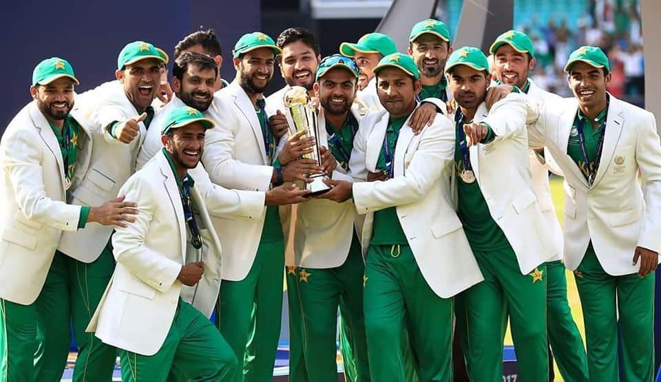 This photo is dedicated to all my friends who are fan of Pakistan cricket team. This is almost same team with same captain, so praise them if they are not doing well today because you praised them when they became champions ! #CWC2019 #PAKvsINDIA #PakvAus