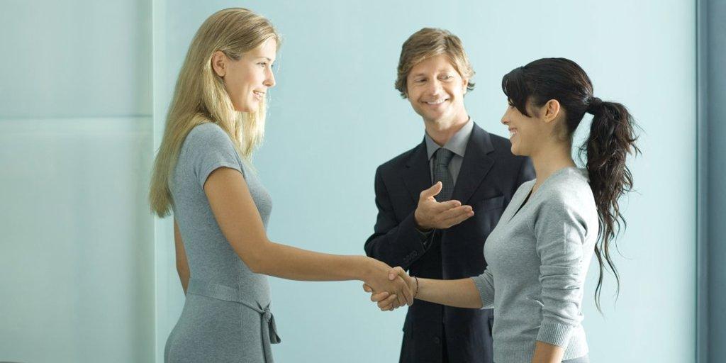Nouveau job ? 4 choses à ne pas oublier à vos débuts > http://bit.ly/2XUreL7 #jobat #carriere #job #nouveau #commencer #debut #impression #bonne #collegues #patrons #attitude #sourire #interessant #questions