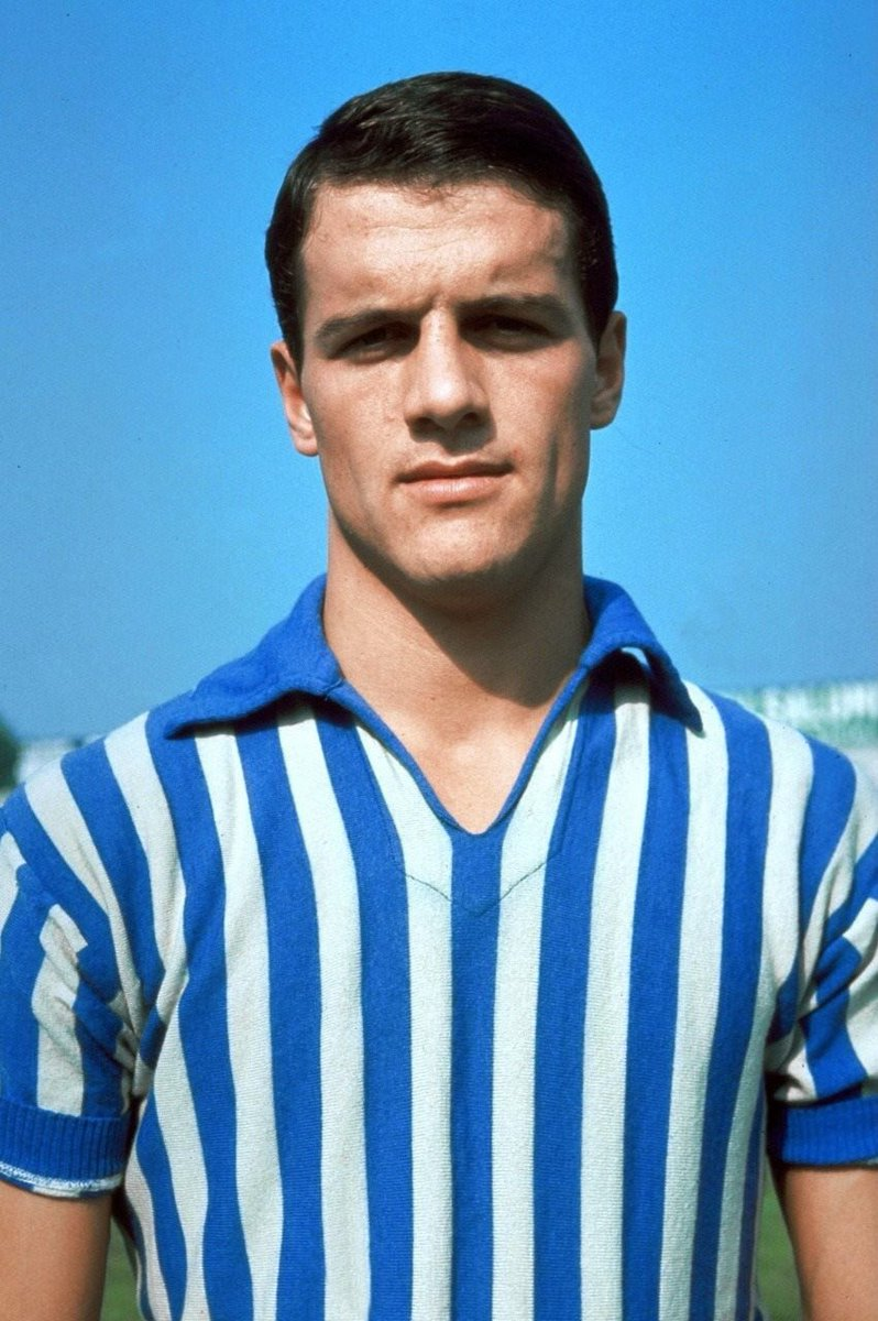#RT olympia_vintage: RT ftblsm: #FabioCapello represented #SPAL1907, ASRomaEN, acmilan and juventusfc. He played as a midfielder and won several trophies during his career which lasted over 15 years. He won the #CoppaItalia with #ASRoma in 1969...