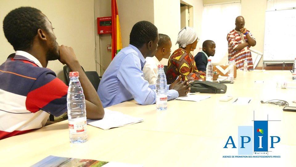 Les trois (3) lauréats de la première édition du #FONUF2019 étaient parmi les bénéficiaires de cette formation organisée par l'@APIP_Guinee. https://t.co/ObwujkShm4
