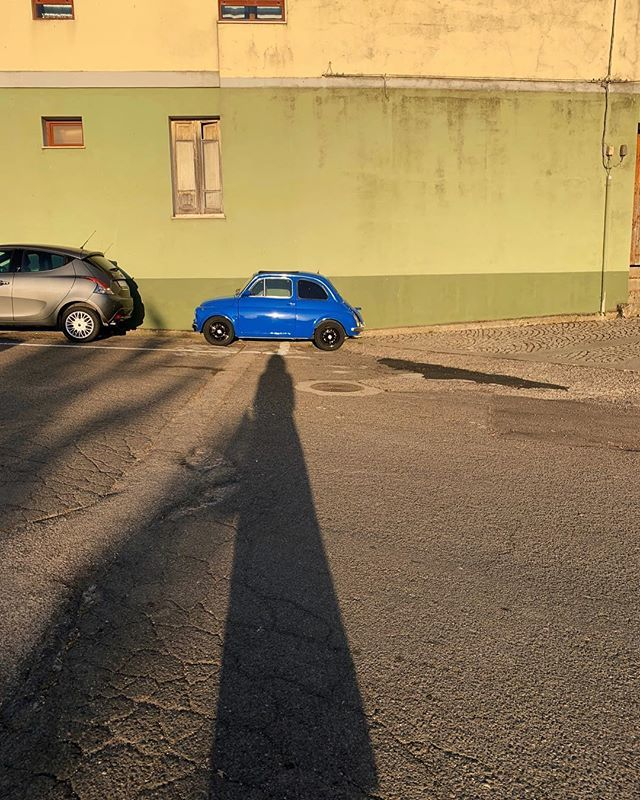 Long woman, tiny car #onedayiwillownone #evenificantfitinside . . . . . . . . . #sardinia #sardegna #italy #italia #lanuovasardegna #travel #igersitalia #instasardegna #igersardinia #discoveritaly #discoversardinia #ig_italy #ig_italia #italianplaces #vi… http://bit.ly/2IPHeYJ