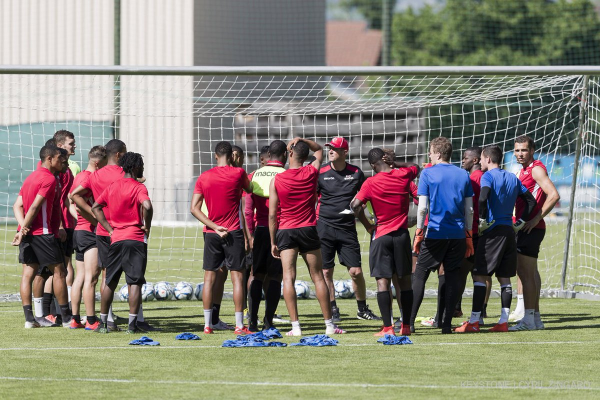 We are #BacktoWork ⚪🔴 #FCSion #HopSion https://t.co/LCrzQPpS6t