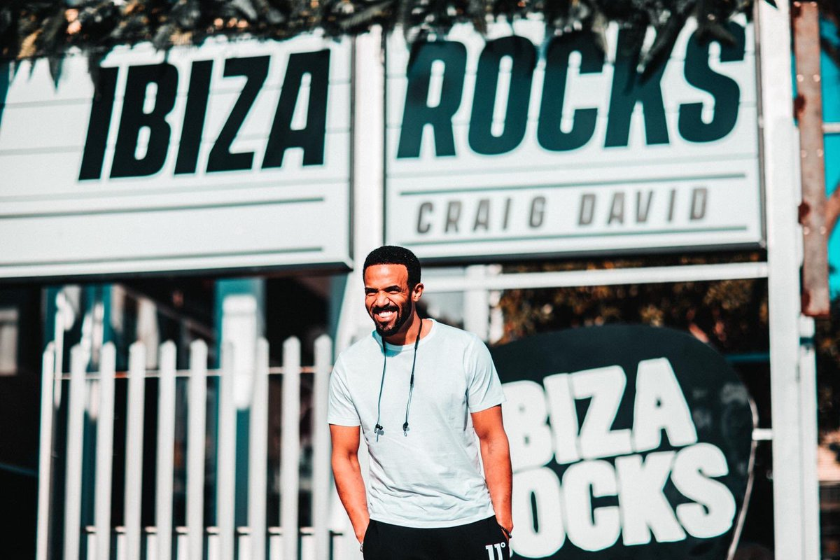 Who's gonna be joining me this summer for my best @TS5 pool party residency @ibizarocks so far??? 🙌🏽🌴☀️💦 Tag someone right now that you wanna come with who you know will Love the vibe🙌🏽 https://t.co/Nl3tyBPFYx #TS5 #Ibiza #IbizaRocks https://t.co/x96rehbjTF